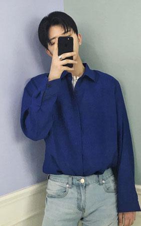 로맨스 오버핏 셔츠