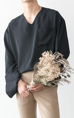 케이즌 브이넥 오버커프스 셔츠