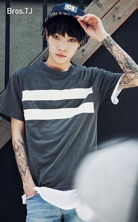 투라인 반팔 티셔츠