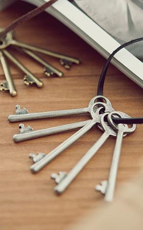 린즈 열쇠 네크리스