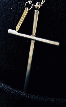 빌리 십자가 네클리스
