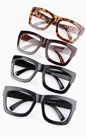 스템포 뿔테 안경