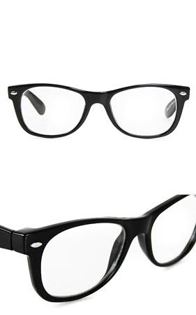 뿔테 안경