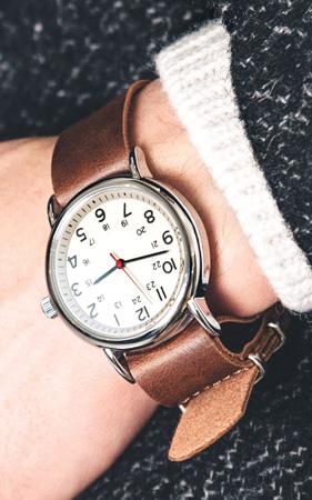 위크엔더 손목시계