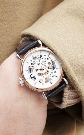 클라스 손목 시계